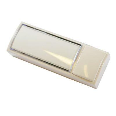 Bouton de sonnette avec porte-étiquette lumineux.